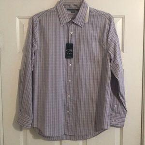 Men's Perry Ellis button down shirt. Light purple.